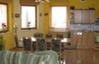 vila-holiday-obyvak-kuchyne-04